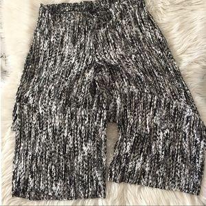 APT.9. Light summer pants